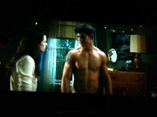 Howling At New Moon: Midnight Screening Is Total Mayhem