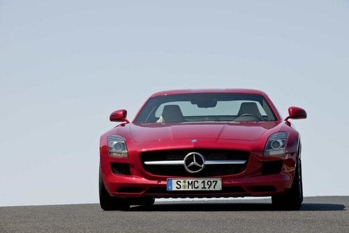 2010 Mercedes SLS AMG Photos: Exterior, Red