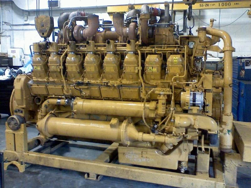 Why are all largest commercial engines Diesel?
