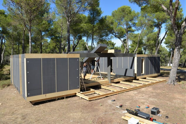 This cheap recyclable passive house assembles like lego for Inexpensive homes to build