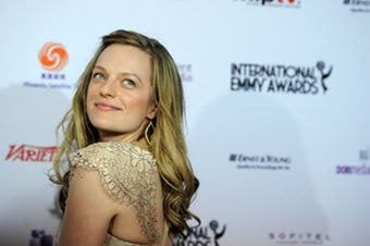 Elisabeth Moss Looked Great, Simon Cowell Was Wearing Blush