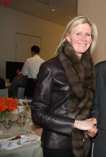 Kathy Fuld's Recessiony $10,000 'Secret Shopping' Sprees