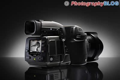 Hasselblad Shames All DSLRs with New 31MP Monster
