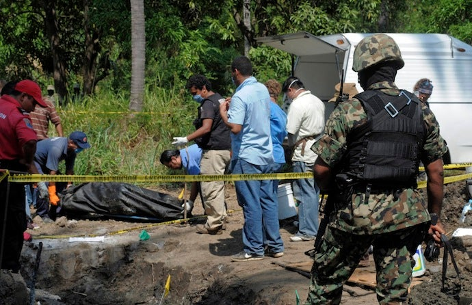 Eighteen Tourists Found in Mass Grave in Mexico