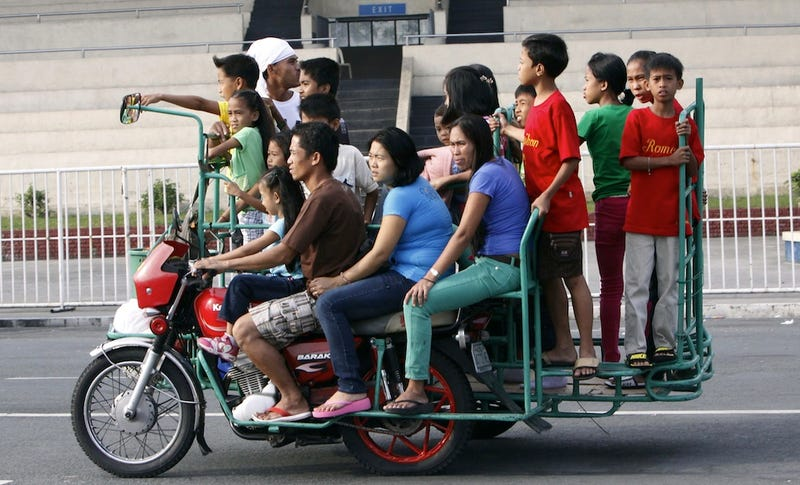 Incredible Ways People Deal with Overloaded Transit Systems in Asia