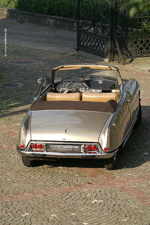 Nice Price Or Crack Pipe: Perfect 1966 Citroën DS21 Chapron Palm Beach For $300,000?