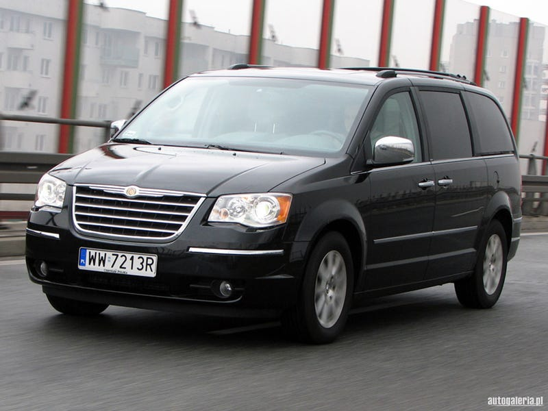 Prom Ride further The 2010 Chrysler Town And Country Is The Coolest Miniv 1584335157 further  on weinermobile specs