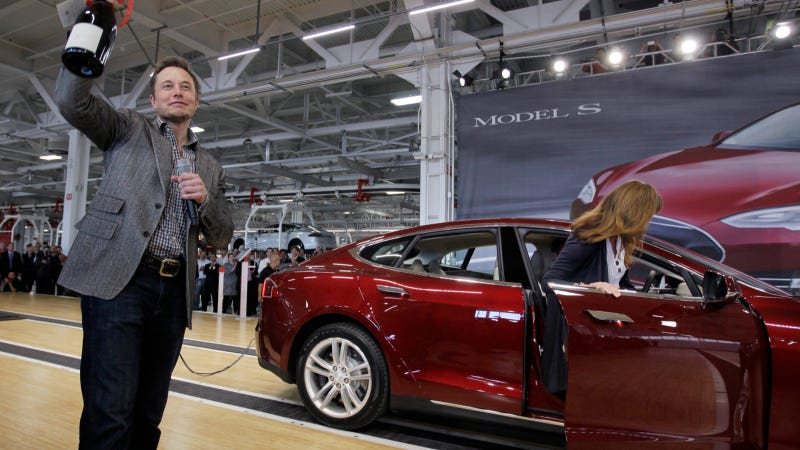 Tesla's Fourth Quarter Revenue Up 500 Percent, Only Lost $90 Million