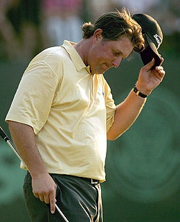 Phil Mickelson's Mother Also Has Cancer