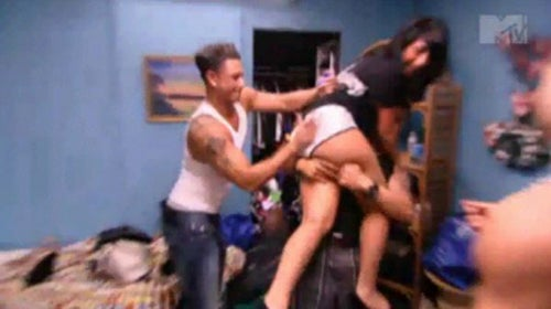 Jersey Shore Trailer: Sex, Violence, Vaginal Discomfort