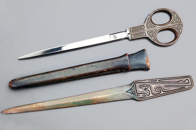 The Extraordinary Evolution of the Most Common Tool: Scissors