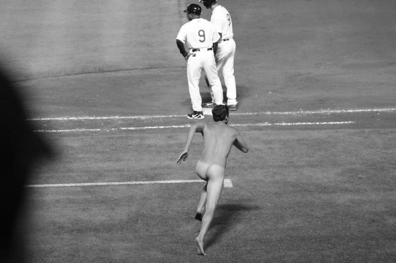 Naked Idiot On Turner Field Delays Athletics-Braves Game