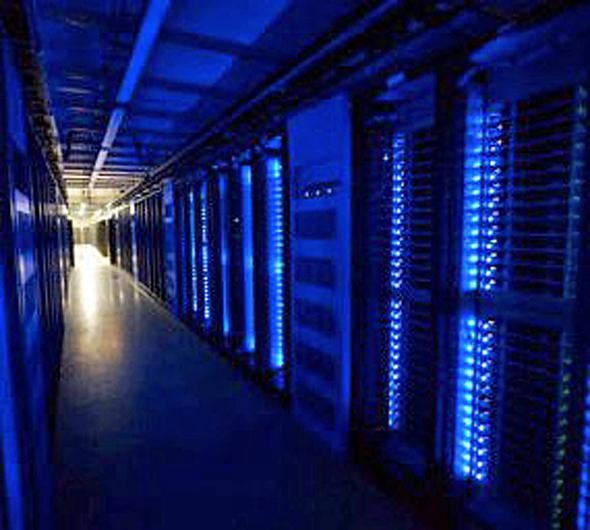 Server Porn: Inside Facebook's Gleaming Green Data Center