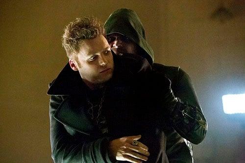 Fringe's Seth Gabel breaks out the hair gel as Arrow's drug-slinging villain Count Vertigo