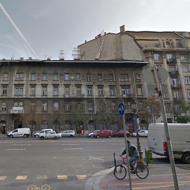 Tessék, itt van Budapest leghülyébb kéménye