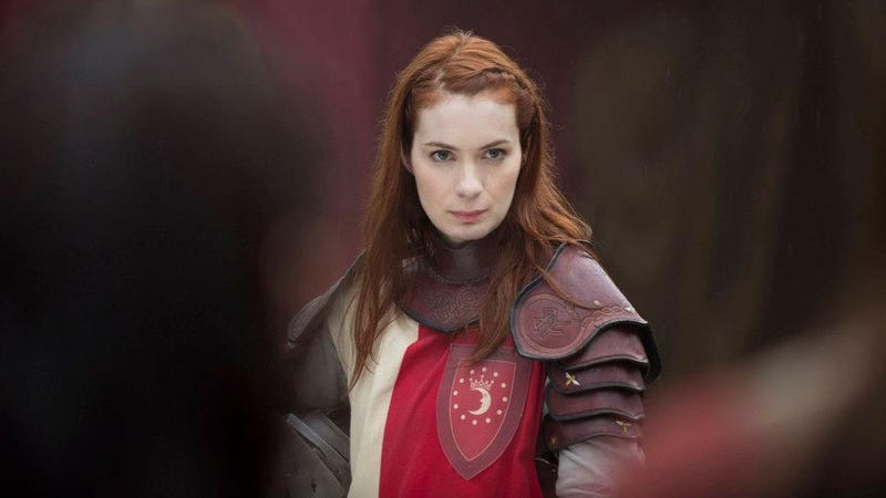 This Week's TV: Felicia Day is Queen of the LARPers! Plus The First Real Footage of a Giant Squid!