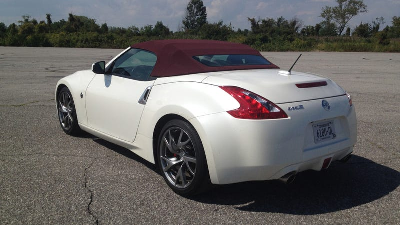 2015 nissan 370z roadster the jalopnik review. Black Bedroom Furniture Sets. Home Design Ideas