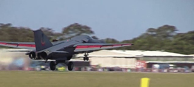 """The Ten Best F-111 """"Pig"""" Dump And Burn Moments Of All Time!"""