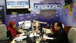 Temubual Dr. Mazlan di Slot Inspirasi di Saluran Nasional FM - Apakah itu IOT dan bagaimana ia akan mengubah kehidupan kita?