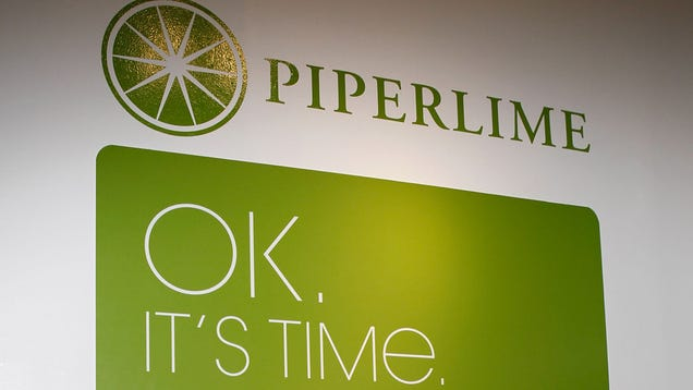 Gap Inc. is closing Piperlime, abandoning an online brand it launched to fend off hipper new Internet-based rivals.