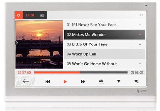 Hands On: iRiver's Crazy Wave-Home Video VoiP/Web Console And Its Beautifully Designed Friends