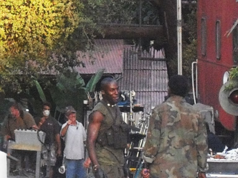 Revealing New Set Pics From Transformers 2 And Heroes