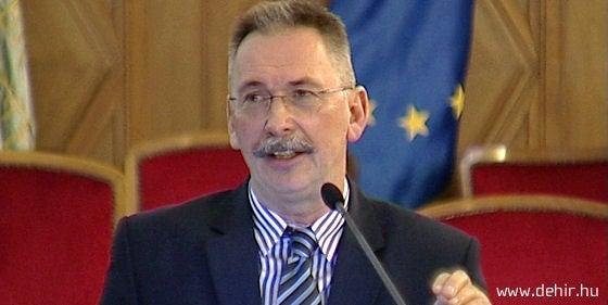 Egyetemi autonómia Debrecenben