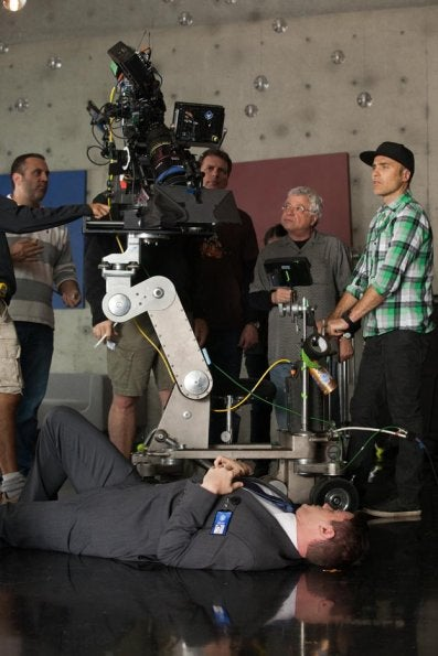 "Fringe Episode 8 ""Back to Where You've Never Been"" BTS pics"