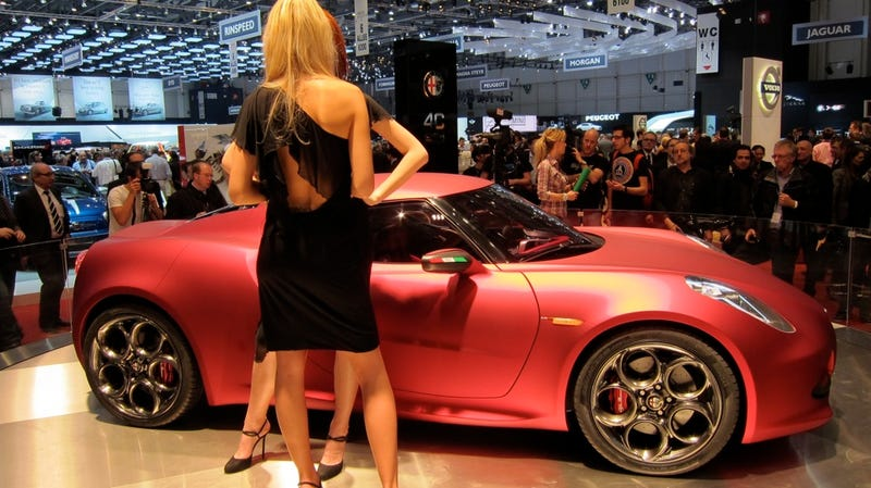 I want to make love to the Alfa Romeo 4C without protection