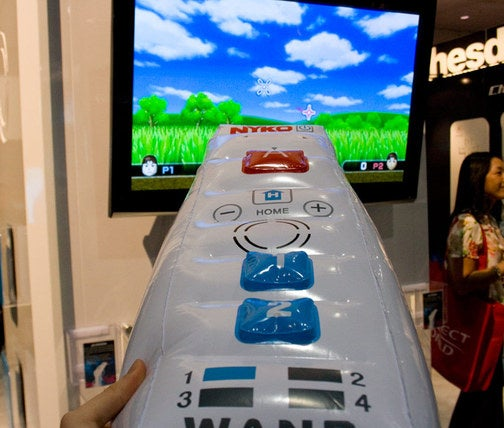 Nyko Shocks the World, Releases Giant Inflatable Wiimote