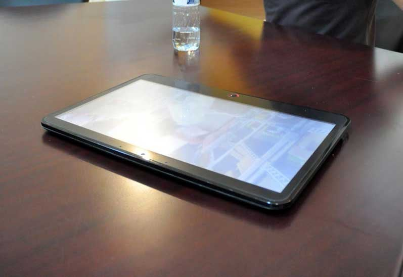 Nvidia CEO Reveals Tablet, Declares His Love for Apple
