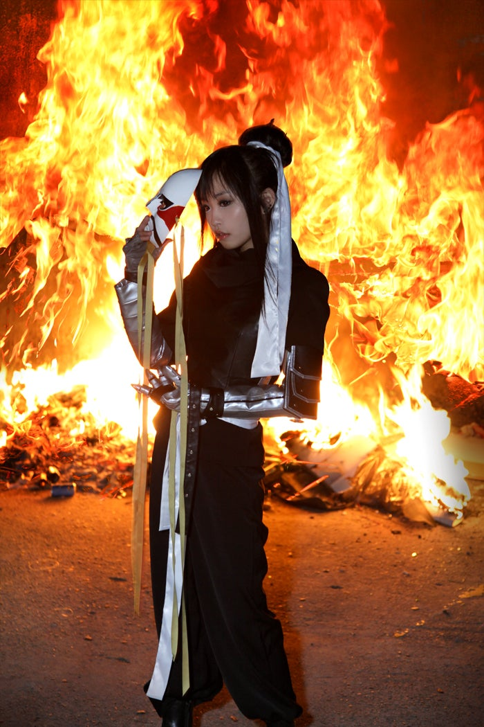 Welcome to a Korean Cosplay Inferno (Burn Baby, Burn)