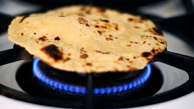 Heat Up Tortillas Directly On the Stove for a Dish-Free Snack