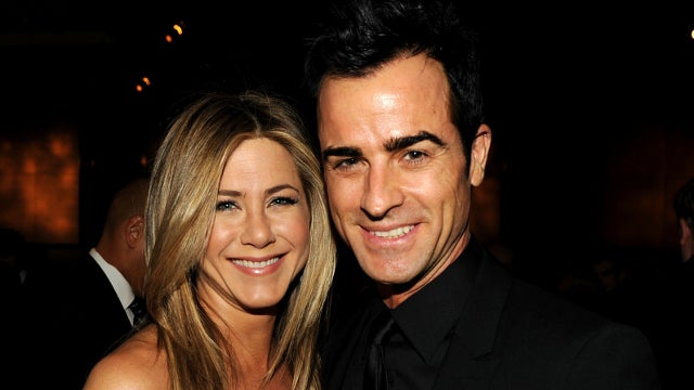 Jennifer Aniston Accepts Justin Theroux's Marriage Proposal