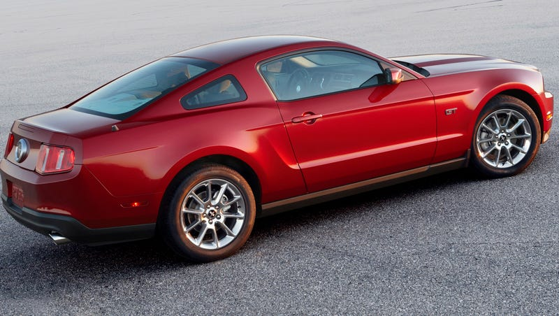 2010 Ford Mustang GT First Video