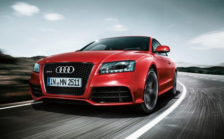Audi RS5: Aluminum Und Mean