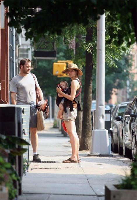 Sleepless Nights (Or Stalker Shutterbugs) Make Maggie Gyllenhaal A Mad Mommy