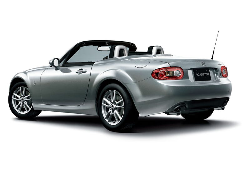 2013 Mazda MX-5 Miata Drops The Smiley Derp Face