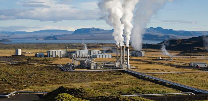 Drilling surprise opens door to volcano-powered electricity