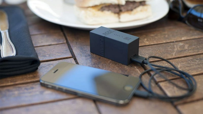 Bolt Battery Charges Your Gadgets and Itself at the Same Time