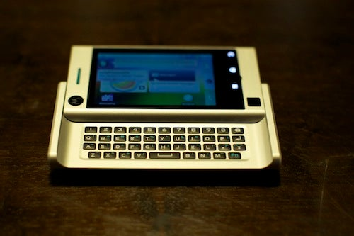 Motorola Devour Review: What Have You Done To My Droid?