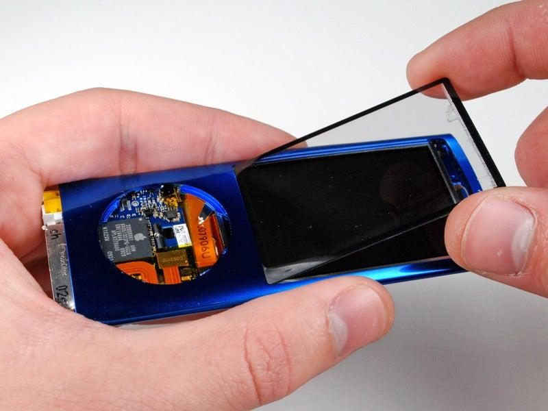 iPod Nano Teardown Gallery