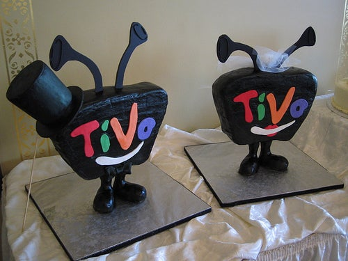 His & Her TiVo Wedding Cakes