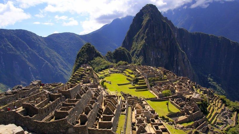 Newly-Discovered Tomb Confirms That Badass Women Ran Ancient Peru