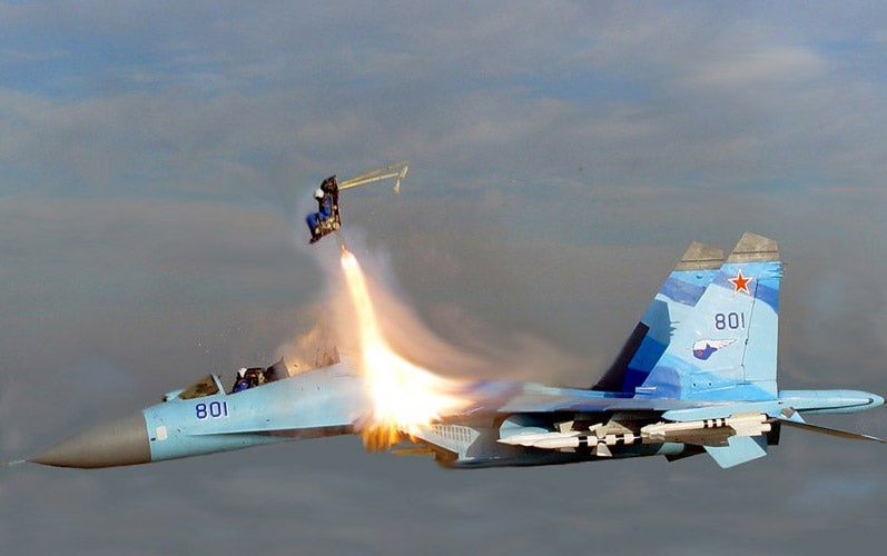 Crazy Russian Sukhoi Su-35 Pilot Ejects For a Hollywood Movie at Mach 2 (UPDATED)