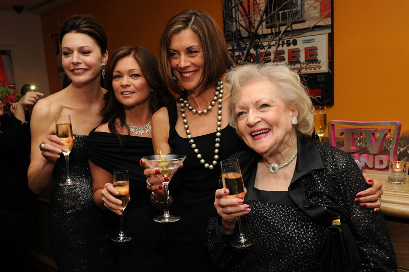 Airbrushing Betty White For Hot In Cleveland? That's Cold!