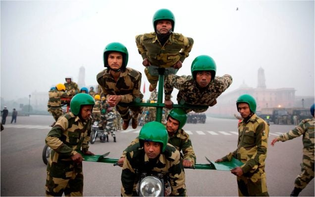 India Border Patrol Performs Incredible Feats on Motorbikes and Just Wow