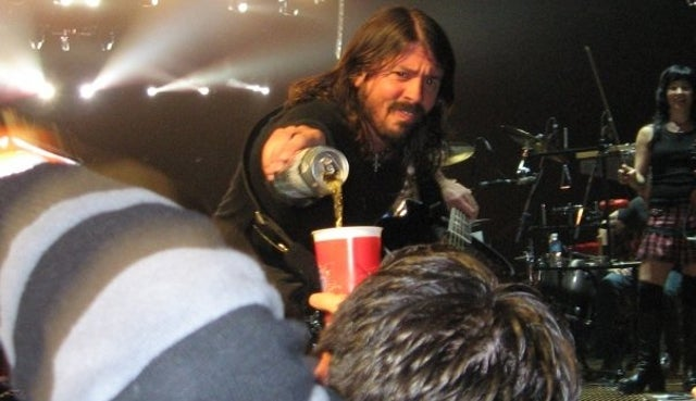 Concert Photo Offers Definitive Proof that Dave Grohl is The Best