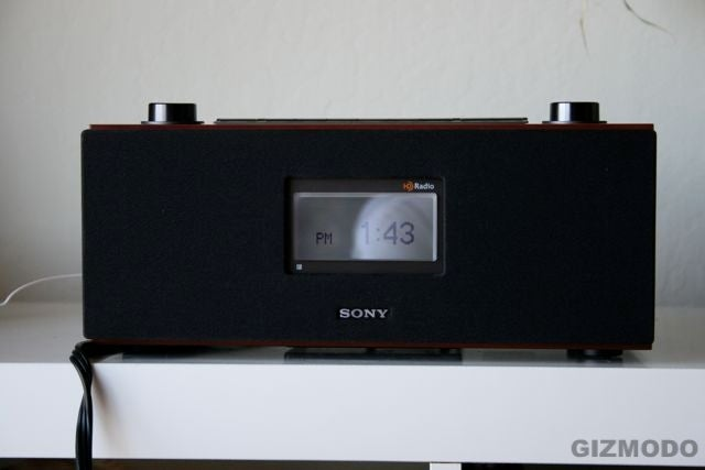 First Review of Sony's XDR-S3HD Tabletop HD Radio (Verdict: Damn You Knob!)
