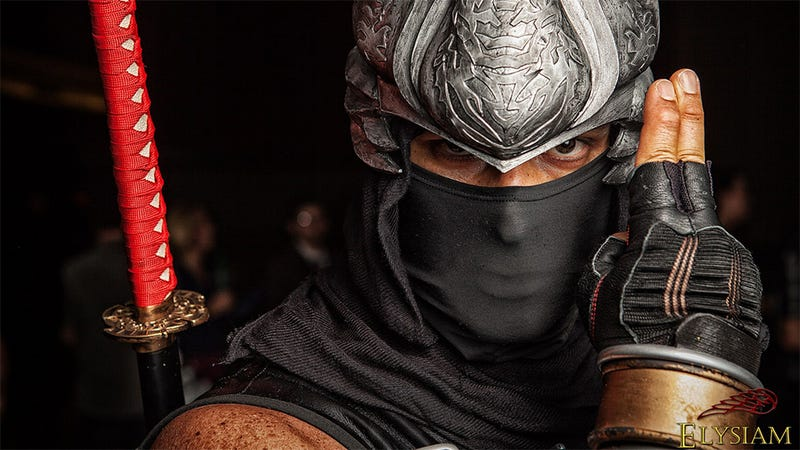 Ninja Gaiden Cosplay to Slice Your Eyeballs Wide Open